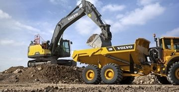 Volvo EC300E Hybrid reduces fuel consumption by up to 15%