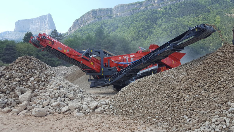 Terex Manufacture Local 883+ HD Screener For Indian Market