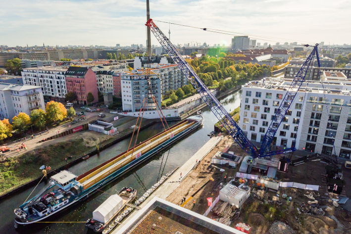 Bridge-builder – LR 1800-1.0 links previously divided Berlin neighbourhoods of Moabit and Mitte