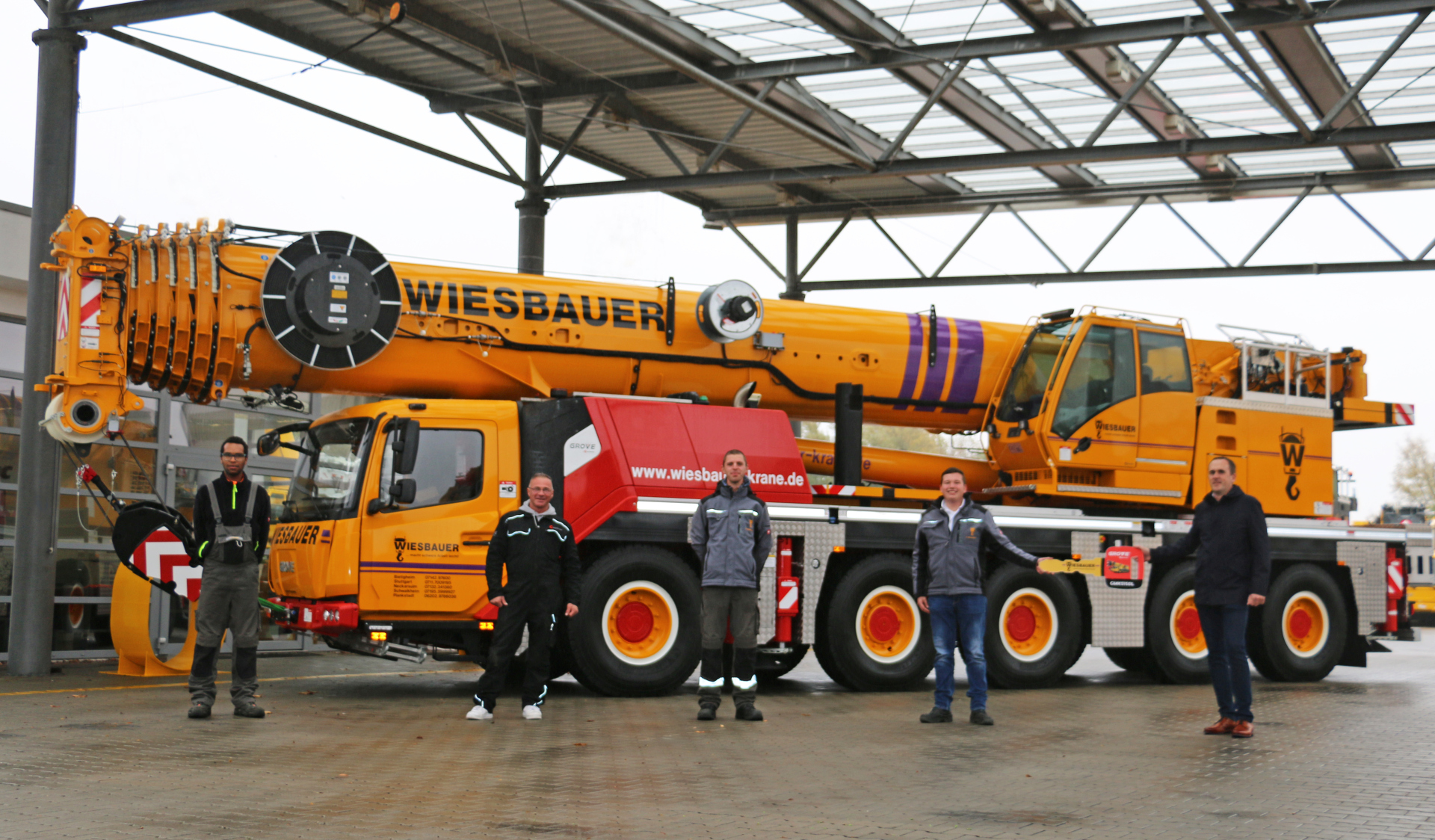 Wiesbauer operators like to work with Grove all-terrains. New GMK5150L expands fleet